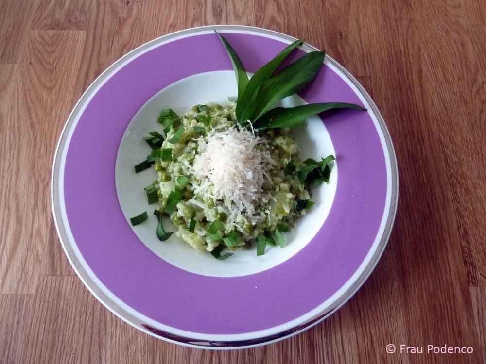 Bärlauchrisotto mit Parmesan und frischem Bärlauch