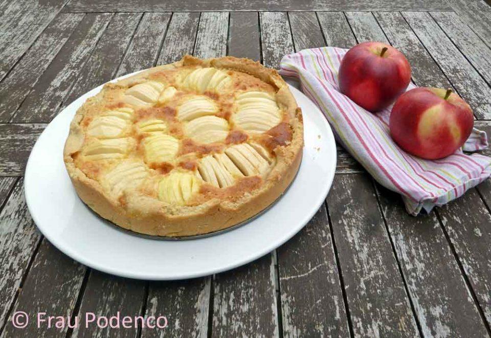 Apfelkuchen mit Marzipancreme
