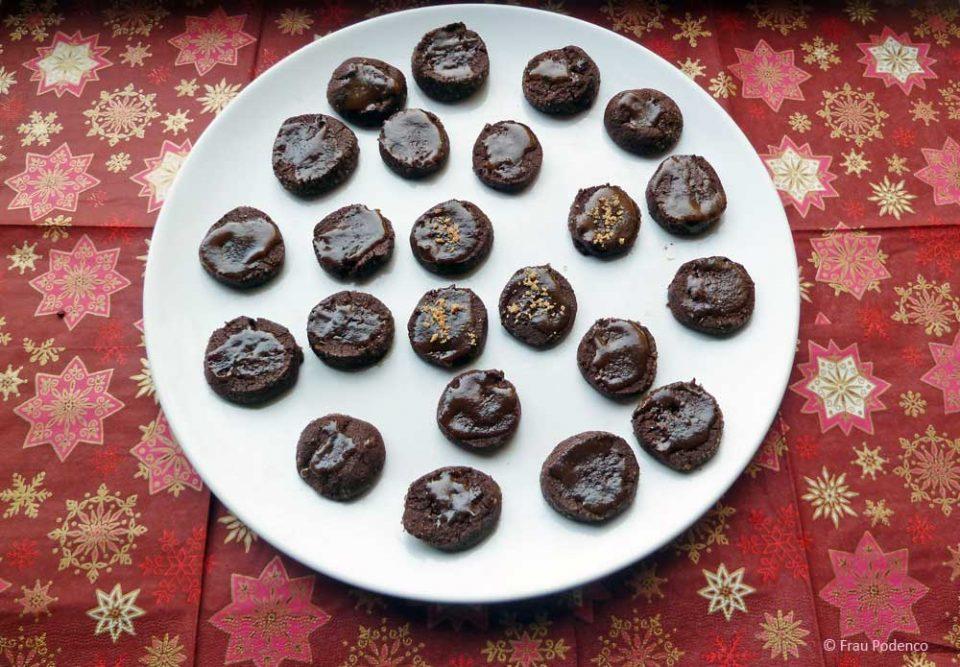 schoko-sand-kekse mit gesalzenem karamell