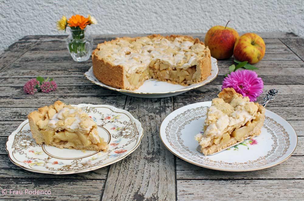 Gedeckter Apfelkuchen mit ganz vielen Äpfeln, einfaches Rezept