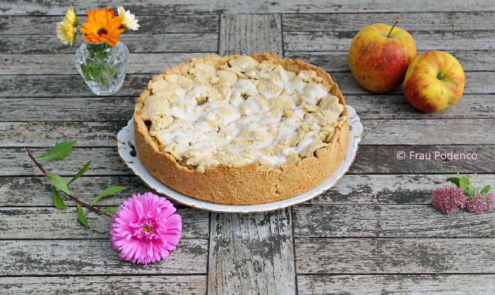 leckerer gedeckter Apfelkuchen, einfaches Rezept