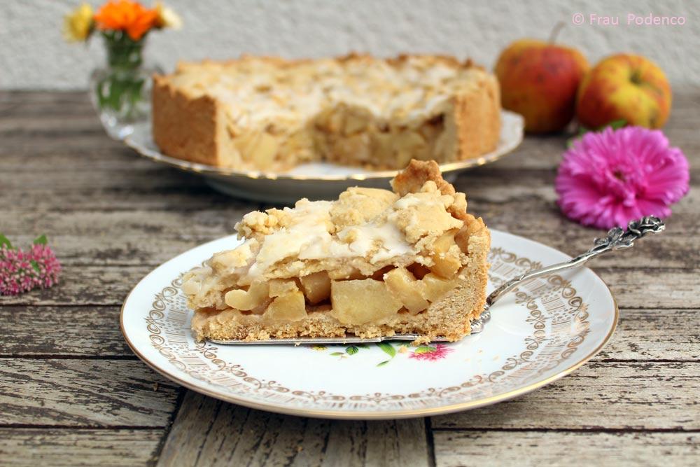 Einfaches Rezept, gedeckter Apfelkuchen