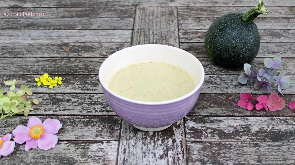 Leckere Zucchinicremesuppe ganz einfach selbst gemacht