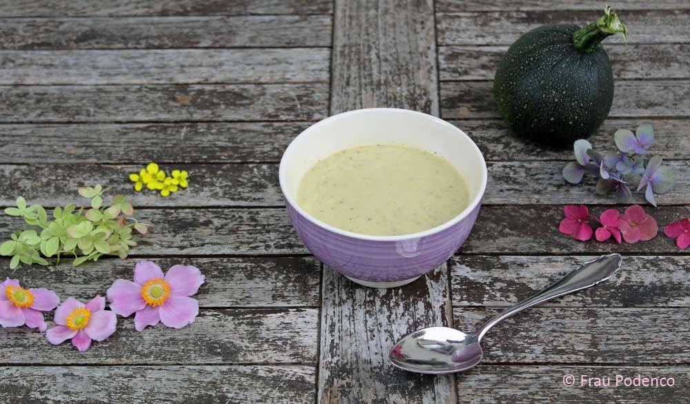 zucchinicremesuppe vegetarisch, ganz einfach selbst gemacht
