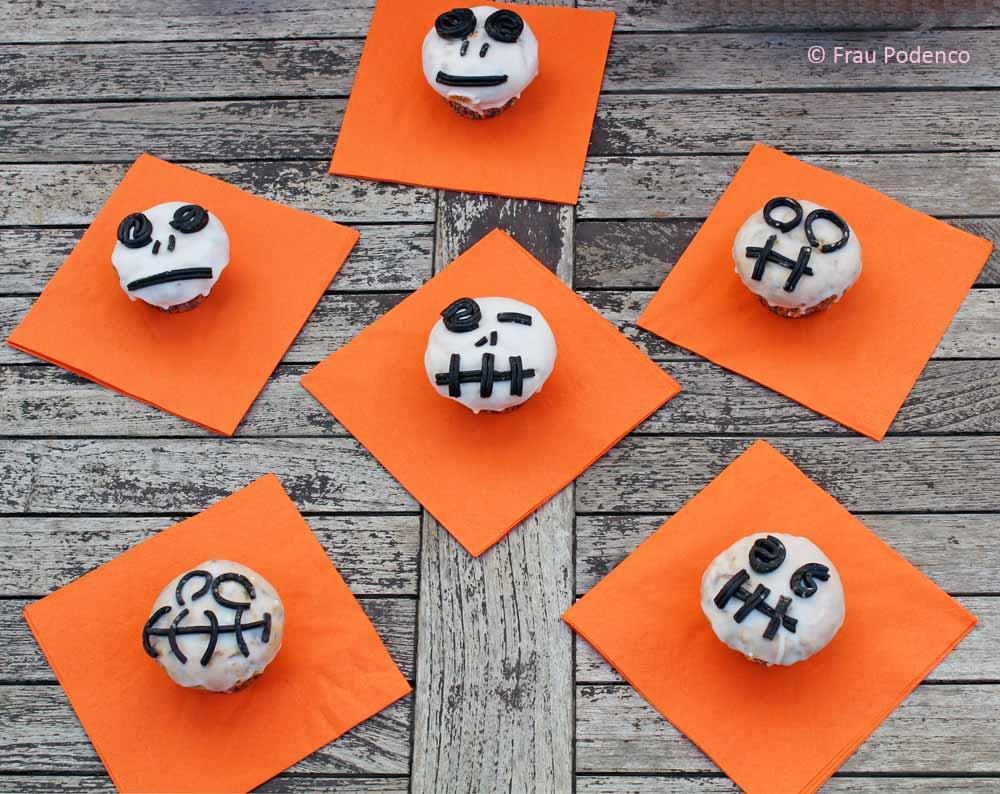 schaurig schöne Skelett Muffins zu Halloween, ein tolles Rezept