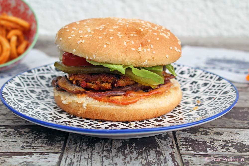 vegetarische burger aus s kartoffeln und kichererbsen. Black Bedroom Furniture Sets. Home Design Ideas