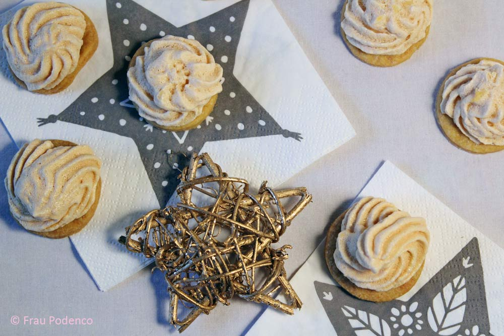weihnachtsbäckerei backen mit baiser