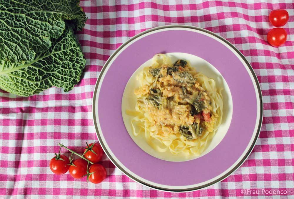 Bandnudeln mit Wirsing-Gorgonzola-Sauce einfach kochen