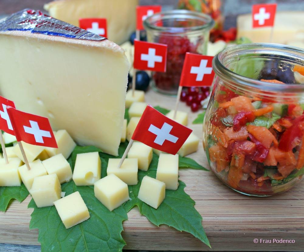 Käseplatte selber machen. Rezept für Chutney und Paprika-Marmelade