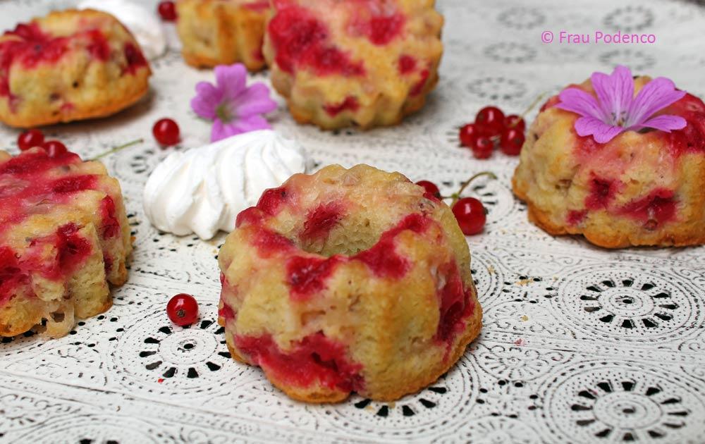 Kuchen Mit Johannisbeeren Und Baiser Einfach Backen Frau Podenco