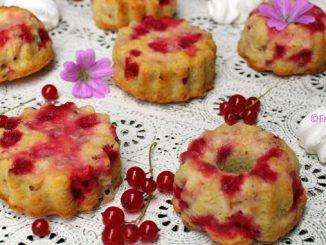 Kuchen mit johannisbeeren und baiser sommerrezept